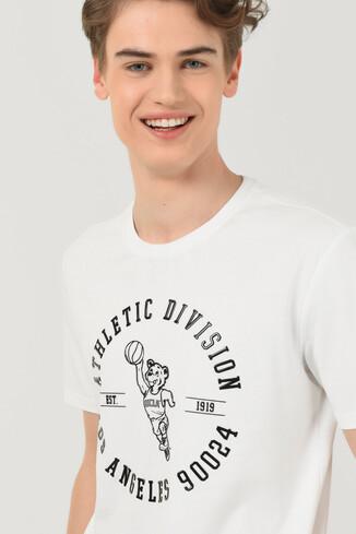UCLA - ADELANTO Beyaz Bisiklet Yaka Baskılı Erkek T-shirt (1)