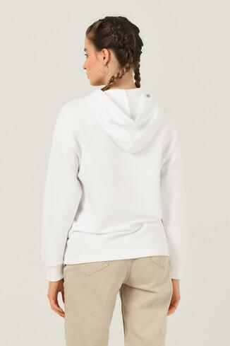 APPLE Beyaz Oversize Kapüşonlu Baskılı Kadın Sweatshirt - Thumbnail (4)