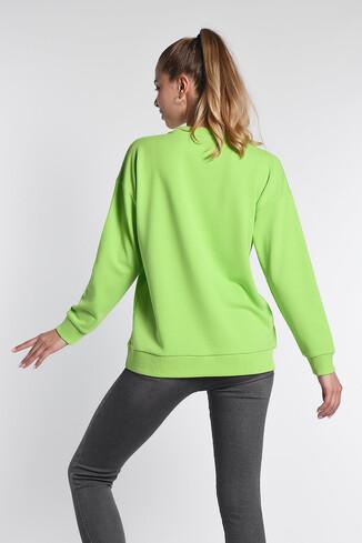 BARBARA Yeşil Oversize Nakışlı Kadın Sweatshirt - Thumbnail (4)