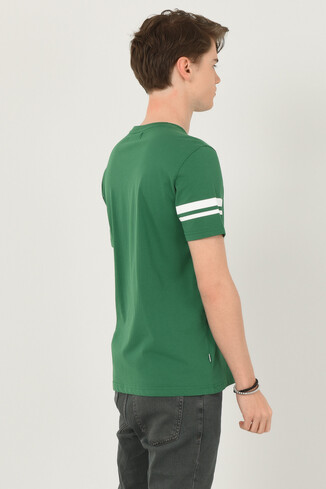 COLUSA Yeşil Bisiklet Yaka Erkek T-shirt - Thumbnail (3)