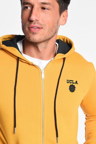 UCLA - HILGARD Sarı Kapüşonlu ve Fermuarlı Aplikeli Erkek Sweatshirt (1)