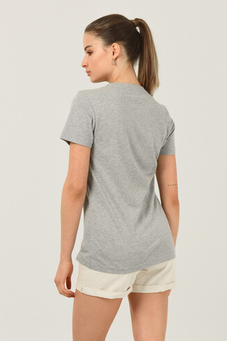MATEO Gri Bisiklet Yaka Baskılı Kadın T-shirt - Thumbnail (4)
