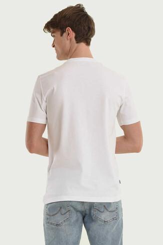 STANTON Beyaz Bisiklet Yaka Erkek T-shirt - Thumbnail (2)
